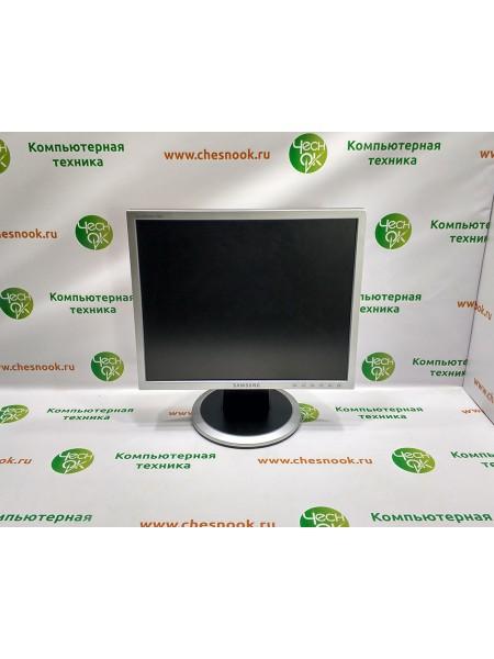 Монитор Samsung SyncMaster 740N LS17HALKSB/EDC